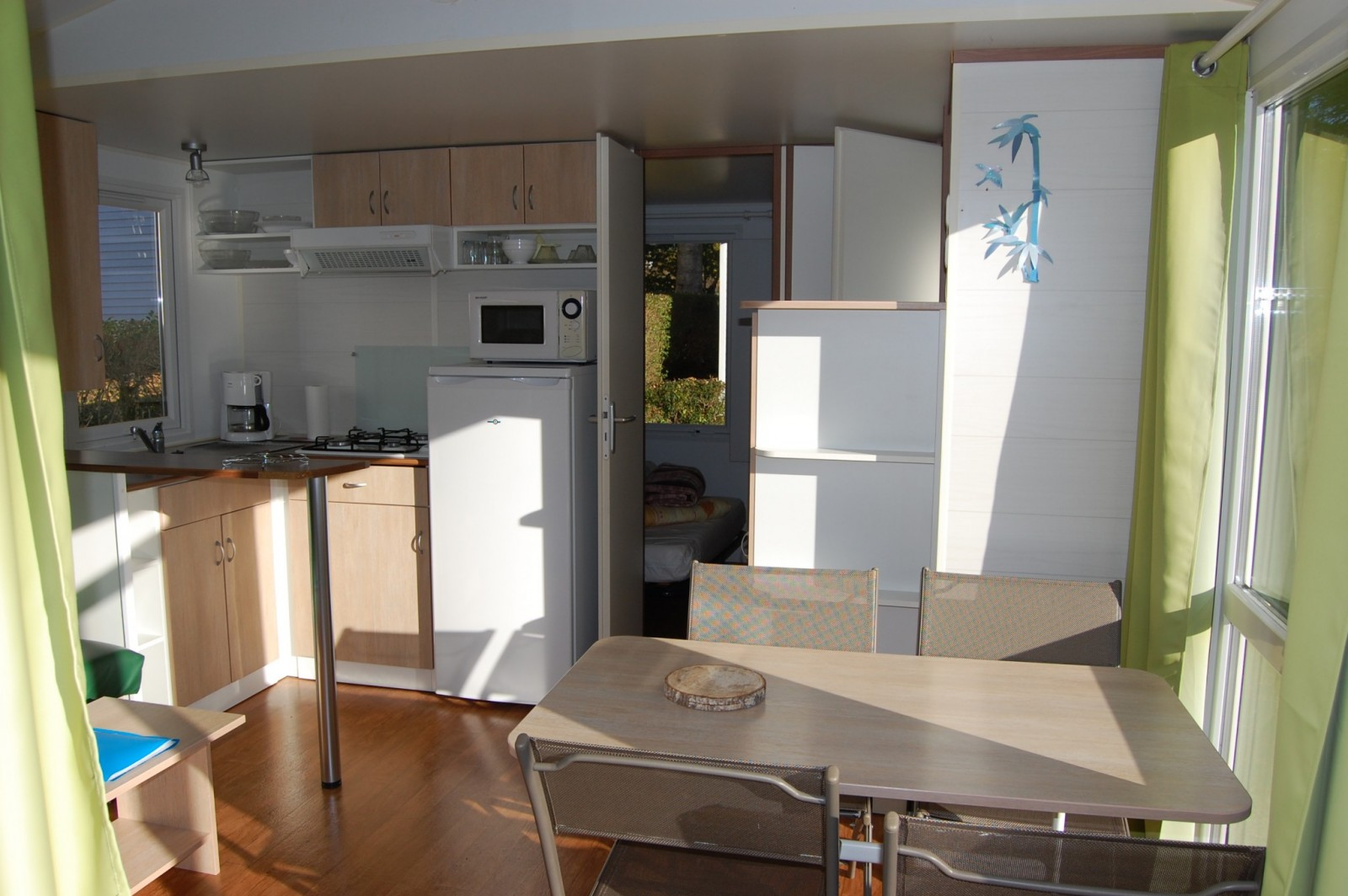 mobil home les clarines 31m camping les clarines. Black Bedroom Furniture Sets. Home Design Ideas