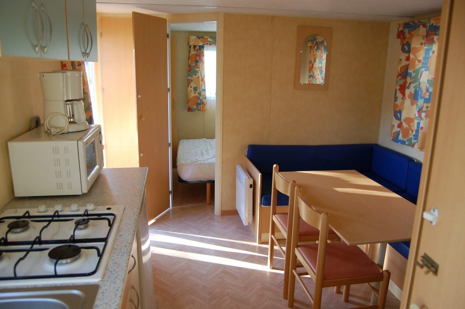 mobil home les clarines 21m 2 chambres auvergne cure la. Black Bedroom Furniture Sets. Home Design Ideas